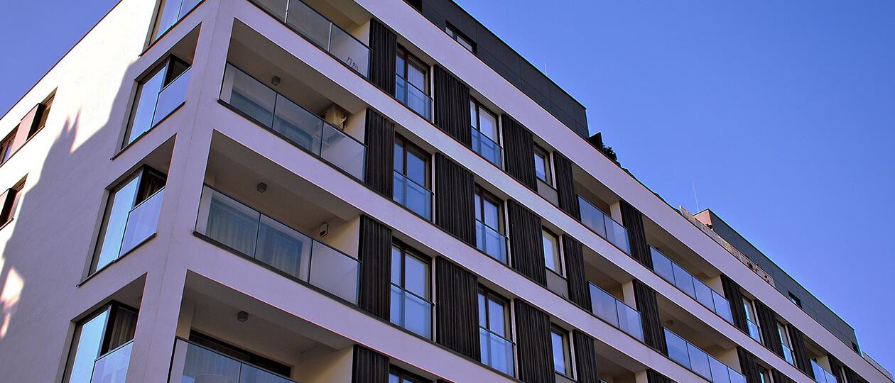 アパートマンションの大規模改修工事に適した塗料の選び方